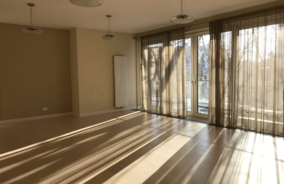 Apartment 4 rooms, luxury, with terrace, Aviatorilor area