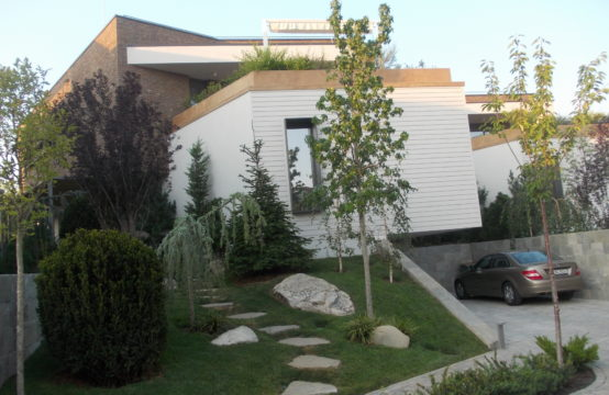 Villa with modern finishes, residential complex, Iancu Nicolae area
