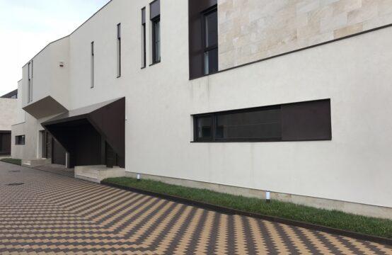 Vila situata intr-un complex rezidential nou din zona Iancu Nicolae