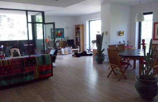 Appartement de 4 pièces, luxe, avec terrasse, zone Aviatorilor (id run: 9785)