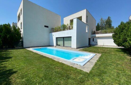 Villa moderne meublée et équipée avec piscine, quartier Iancu Nicolae (id run: 14551)