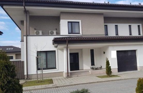 Luxury, bright and spacious villa, Pipera area
