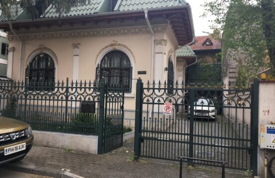 Villa with its own courtyard, Floreasca area