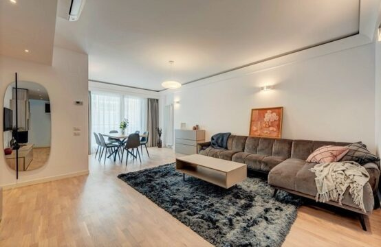 Appartement de 4 pièces, luxueusement meublé, neuf, zone Nordului (id run: 16022)
