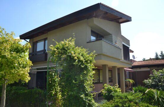 Villa spacieuse avec un terrain généreux, zone Pipera (id run: 16003)