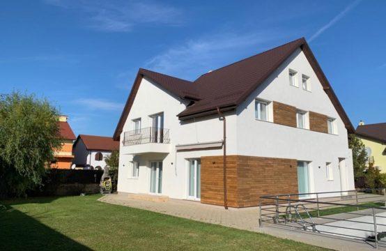 Modern villa with swimming pool and own yard, renovated, Iancu Nicolae area