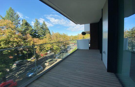 Apartament de lux, 4 camere, cu terasa, zona Aviatorilor