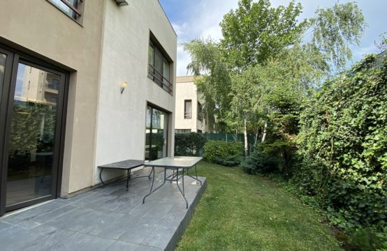 Furnished villa with fireplace and sauna, Pipera