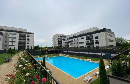 Apartament cu 3 camere, intr-un complex cu piscina, zona Baneasa