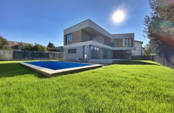 Vila moderna, cu curte generoasa si piscina, zona Iancu Nicolae