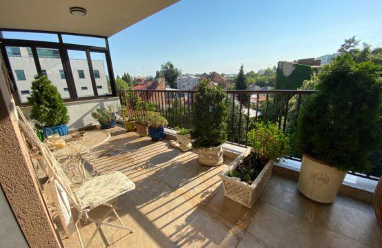 Appartement spacieux avec terrasses, situé ultra-central, quartier Piata Romana (id run: 16768)