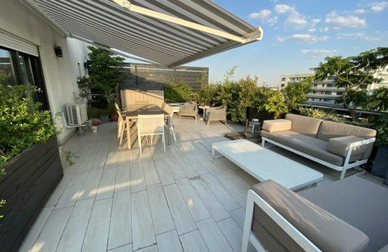 Penthouse 3 rooms, with terrace, Baneasa area