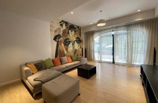 Apartament 3 camere cu terasa si gradina, zona Aviatorilor