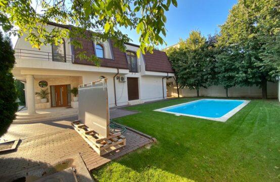 Villa de luxe, avec piscine et terrain généreux, quartier Iancu Nicolae (id run: 17019)