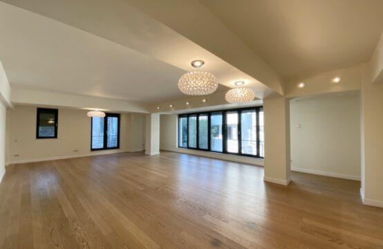Appartement de 5 pièces, de luxe, avec parking et débarras, quartier Domenii (id run: 17038)