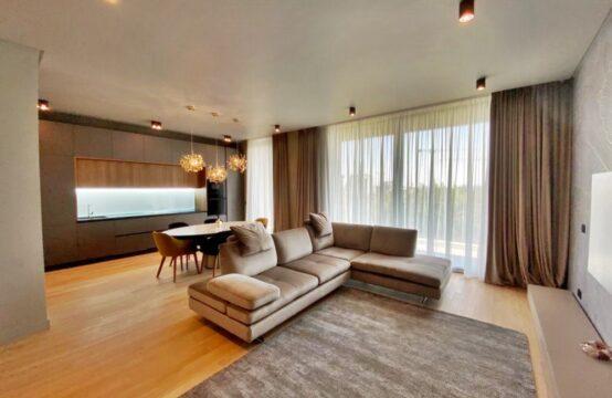 Apartament de lux, 3 camere, cu terasa, zona Floreasca