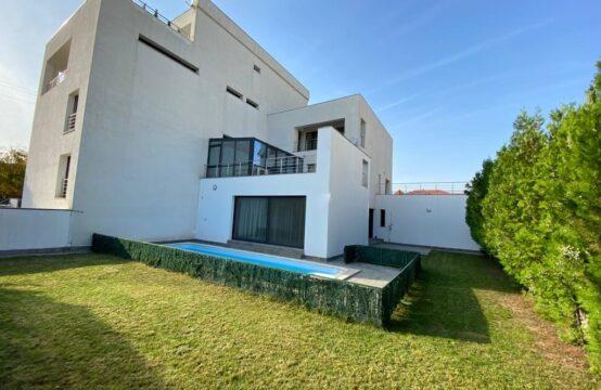 Villa avec piscine, moderne, quartier Iancu Nicolae (id run: 16978)