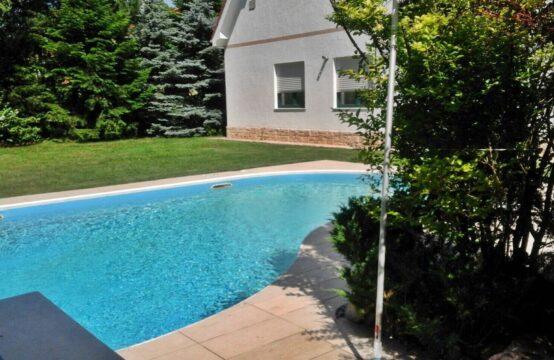 Villa avec terrain généreux, piscine extérieure, quartier Iancu Nicolae (id run: 13021)