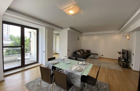 Appartement de 4 pièces, meublé, avec terrasse et parking, quartier Aviatorilor (id run: 14788)