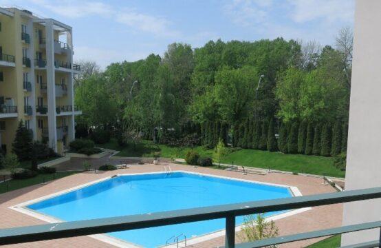 Appartement 4 pièces, type duplex, immeuble avec piscine, zone Herastrau (id run: 17181)