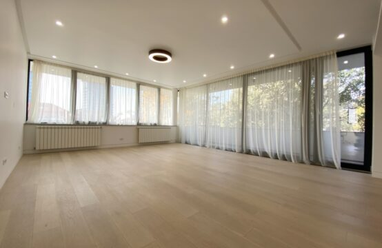 Luxury penthouse, 3 rooms, with terrace, furnished, Floreasca area
