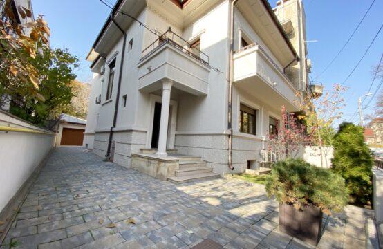 Vila pretabila pentru activitate birou, renovata, zona Kiseleff