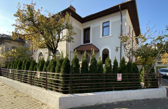 Villa rénovée, avec propre cour, zone Aviatorilor (id run: 16135)
