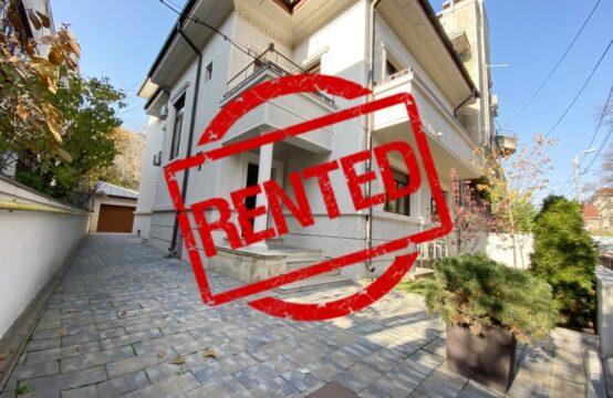 Villa adaptée à l'activité de bureau, rénovée, quartier Kiseleff (id run: 16590)