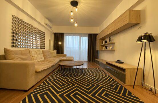 Appartement 3 pièces, meublé, terrasse et parking, quartier Dacia (id run: 17221)