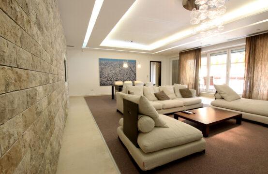 Appartement de 4 pièces, meublé, terrasse et parking, quartier Soseaua Nordului (id run: 15466)