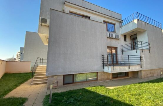 Modern villa, furnished and equipped, Pipera area