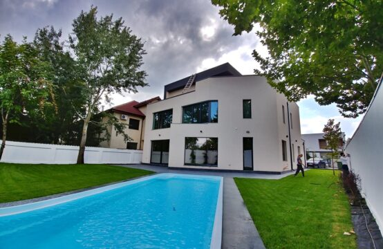 Luxury villa, with pool and own yard, Iancu Nicolae area