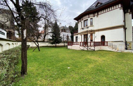 Villa avec belle architecture, cour généreuse, quartier Aviatorilor (id run: 17436)