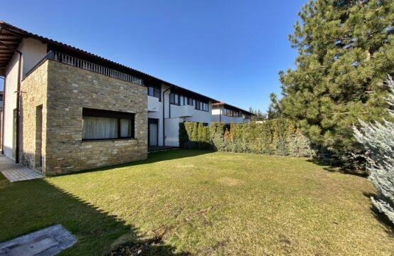 Villa située dans un complexe résidentiel, lumineux et spacieux, quartier Iancu Nicolae (id run: 15281)