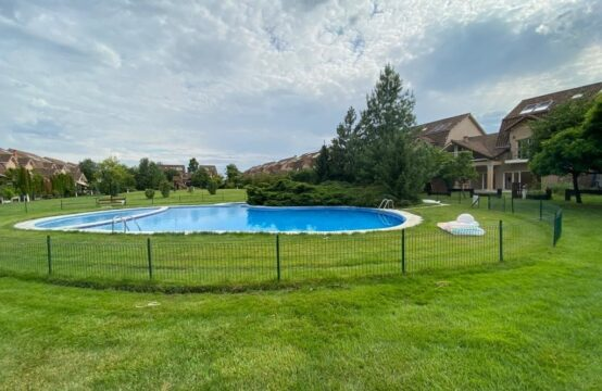 Luxury villa located in a complex with swimming pool, Pipera